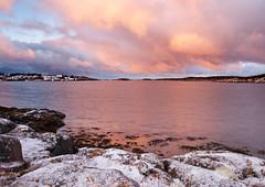 October Sunrise, Frøya (kkorsan) Tags: winter seascape water norway sunrise norge nikon sørtrøndelag d3 2012 frøya dyrøy båtvik afnikkor80200mm128d nikond3 centralnorway nordyrøy