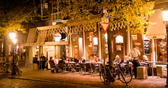 Last chance to sit outside, Cafe Broers, Janskerkhof, Utrecht 2012 (lambertwm) Tags: autumn winter holland bar evening high cafe warm utrecht nightshot herfst thenetherlands iso zomer handheld avond terras indiansummer broers janskerkhof d700