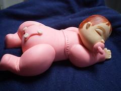 Babezinha no soninho (6) (Kelly arte e costura) Tags: artesanato biscuit trabalhosmanuais lembrancinhas chaveiros porcelanafria