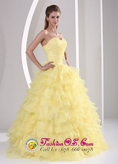 yellow sweetheart Quince dresses