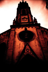 (.sereal.) Tags: film 35mm analogic analogue lowfi church terror horror gothic scary fear gloom