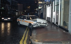 Rover Police Car crumpled - Richmond Surrey (bertie's world) Tags: ukpolice richmond surrey accident rover police car 1987
