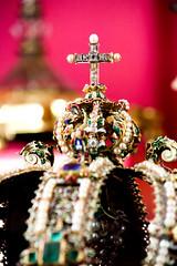 Corona de la Virgen del Sagrario (Kevin Vsquez) Tags: catedral primada de toledo espaa spain jewlery joya