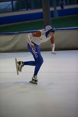 A37W7051 (rieshug 1) Tags: speedskating schaatsen eisschnelllauf skating nkjunioren knsb nkjuniorenallroundafstanden afstanden allround 50010001500massstart demeent alkmaar sportcomplexdemeent juniorenc ladies dames 500m