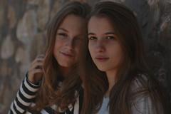 Natalia and Andrea. (Portrait) (Andrs) Tags: canon7dmarkii canon2470mm portrait retrato canon2470mmlens costabrava lescala nataliajord andrea pereira