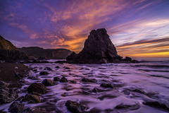 Colors of Sunset (Simon Huynh) Tags: rodeobeach sunset rock wave waterscapes colorsofsunset