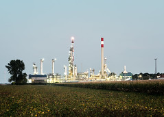 (Paul Bauer Photo) Tags: paul bauer architecture industry wien vienna refinery omv