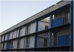 Bleue 4 (arrixaca15) Tags: friche belle mai arquitecture architecture arquitectura marseille marsella france street rue callejera ventanas luz lumiere bulbe