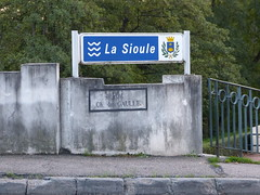 P1010222 (72grande) Tags: n9 lasioule saintpourçainsursioule rn9 routenationale9 nationale9