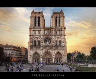 Notre Dame Cathedral, Paris, France :: HDR