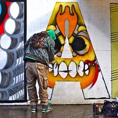 Schuttingtaal (Akbar Sim) Tags: streetart holland netherlands graffiti stencil nederland denhaag amadeus mozart thehague artistatwork schutting schuttingtaal akbarsimonse akbarsim