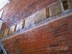 Dwell City Modern Tours Brooklyn (Inhabitat) Tags: brooklynheights modernarchitecture dwell newyorkmagazine melaniecrean robertkahn reclaimedmaterials renovatedhomes ecoconsciousmaterials citymodernhometours booerumhill jordanparneass