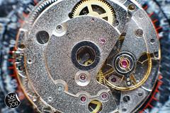 """""""Círculos"""" (""""Circles"""") [289/366] (Domonte Design) Tags: color macro clock time gang reloj horloge gears orologio tempo hdr uhr tiempo equipement bracketing relogio rellotge engranajes highdinamicrange horquillado reloxo altorangodinamico canoneos5dmarkii engranatges domonte engranagem 366project2012 domonte366project2012 ingaranaggio"""