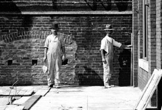 Bricklayer Masons, Frankford EL Construction, 1913
