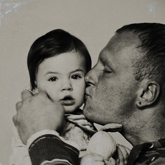 daddys girl (sommerpfuetze) Tags: 2 portrait people bw baby white man black male texture love girl face square daddy mono kiss couple father daughter menschen kind liebe vater enrico kuss tochter alles marah lebenssinn