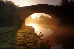 Light shining through (Chris Beesley) Tags: morning autumn sun sunlight mist canal bridgewater lymm pentax1645faedal pentaxk5