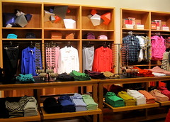 J. Crew (thinkretail) Tags: magasin laden tienda boutique negozio jcrew apparel visualmerchandising womenswear millarddrexler autumn2012