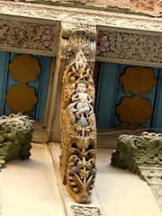 Wooden carving in pol house, Ahmedabad (Divyesh Nagar) Tags: world life people sculpture india color colour building art heritage love monument architecture composition underground temple nikon vishnu god islam memories steps culture mosque structure symmetry balance shiva hindu archeology minar oldcity gujarat ahmedabad walledcity indianart suntemple stepwell ramkund adalaj oldstructure waterstorage lordvishnu adalajstepwell adalajnivav modherasuntemple adalajvaav divyeshnagar ranikivaav