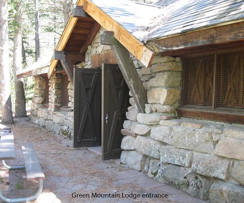 Photo - Green Mountain Lodge entrance