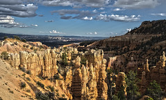 Fairyland Point Before the Storm (rschnaible (Off - Back Soon)) Tags: park red usa southwest west rock utah us day desert cloudy canyon national western hoodoo bryce canyons hdr hoodoos