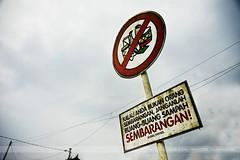 SEMBARANGAN!, Bali, Indonesia (Seven Seconds Before Sunrise) Tags: travel bali sign clouds indonesia asia southeastasia powerlines besakih kalauandabukanorangsembaranganjanganlahbuangbuangsampah