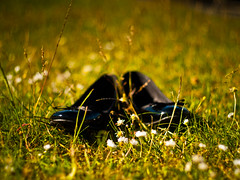 barefoot (atogdude) Tags: summer grass 50mm shoes dof bokeh olympus f18 zuiko