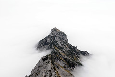 (Mr.Bones) Tags: mountains alps fog bavaria berchtesgaden inversion eaglesnest kehlsteinhaus hohergll mannlgrat