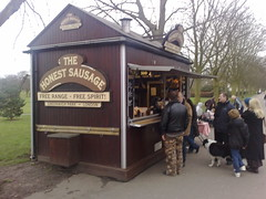 Honest Sausage, UK (BuonCuore) Tags: street food coffee car truck snacks van cart sales vending olsen concession grumman foodtruck stepvan streetsales