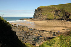 Crackington Haven, lower part of beach (Photo Paul) Tags: sea holiday beach coast cornwall shore crackingtonhaven