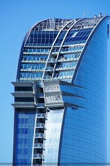 Encuadre ajustado (SantiMB.Photos) Tags: barcelona espaa building geotagged hotel edificio kdd tamron 18200 esp cataluna fujiprovia100f wela alphaspain geo:lat=4136820986 geo:lon=219434738