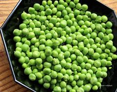 08-IMG_3371 (hemingwayfoto) Tags: ackerbau biologisch erbse frisch geffnet gemse grn hlsenfrucht landwirtschaft lebensmittel markt nahrung nahrungsmittel natur pflanzen pflanzlich produkt roh ss vegetarisch