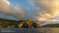 San Juan de Gaztelugatxe, IMG_6553Bermeo (Bizkaia) (Anna & Oskar) Tags: esp espaa gibelortzagasanpelaio paisvasco sanpelaio atardecer sunset mar sea gaztelugatxe sanjuandegaztelugatxe landscape