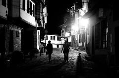 Veliko Tarnovo (Ivan Dessi) Tags: blackandwhite bn bw bianconero biancoenero blackwhite blancoynegro fujifilm fujilmx10 fuji x10 noiretblanc noir night notte nero veliko bulgaria street strada st stphotographia travel monocromo viuzza