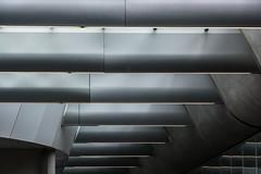 aus den Tiefen (Karl-Heinz Bitter) Tags: architektur holland netherlands niederlande nederland arnheim architecture centraalstation arnhem roof dach abstract abstrakt khbitter karlheinzbitter lines linien licht streben
