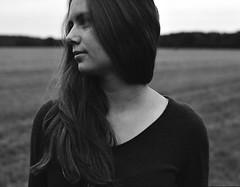 Friederike (Juliet Alpha November) Tags: ilford delta 100 analogue analog film rollfilm medium format mittelformat 120 645 bokeh portrait portrt hair haar amazing jan meifert