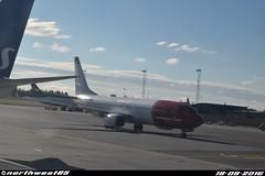 LN-NGO (northwest85) Tags: norwegian boeing 7378jpwl lnngo taxiing gate oslo gardermoen osl engm