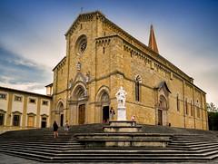 Arezzo - il Duomo (R.o.b.e.r.t.o.) Tags: arezzo cathedral cattedrale duomo chiesa church toscana tuscany italia italy stdonatus saintpeter