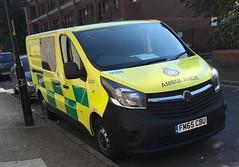 London ambulance service-Vauxhall vivaro-Cycle support team vehicle-FM65 CBU-LC400 (Sierraoscar595) Tags: londonambulanceservice las vauxhall vivaro cycle response team support vehicle van fm65cbu fm65 cbu lc400