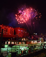 Bremen - Fireworks (cnmark) Tags: germany bremen maritime week woche feuerwerk fireworks river weser boat night bright colored coloured light nacht nachtaufnahme noche nuit notte noite allrightsreserved