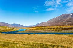 Autumm in Fnjoskadalur (Einar Schioth) Tags: autumm autummcolors sky sunshine river day fnjoskadalur fnjoska fnjoskardalur fnjsk dalsmynni grass grassland canon clouds cloud coast nationalgeographic ngc nature landscape lake mountains mountain photo picture outdoor iceland sland einarschioth
