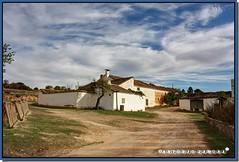 Los Nuevos (Antonio Zamora) Tags: autumn cloud naturaleza house clouds canon casa natura nubes campo otoo hdr nube nuevos castillalamancha cauntry casasimarro antoniozamora losnuevos