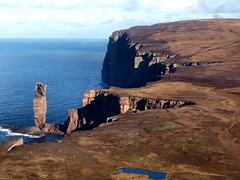 Old Man in Context (ccgd) Tags: sea work scotland orkney stack hoy calum intheair hie ccgd