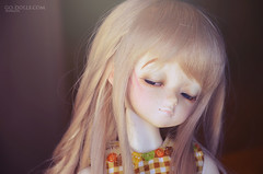 Her mysterious smile (~Sharuya) Tags: ball kid doll dolls 14 mini super dreaming bjd resin resina dollfie luts delf limited abjd kd mueca msd jointed aru eluts