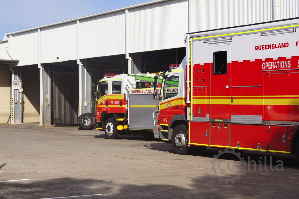 The world 39 s best photos of mercedes and qfrs flickr hive for Mercedes benz training and education