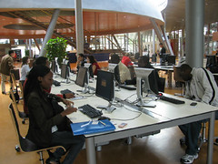 Associates at the Library of the Technical University of Delft 2011 (2)