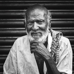Character !!! (bmahesh) Tags: street portrait people blackandwhite india man canon 50mm streetportrait canon5d chennai mahesh tamilnadu cwc parryscorner parrys canoneos5dmarkii chennaiweekendclickers bmahesh cwc162