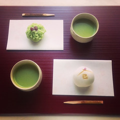 (yocca) Tags: food green home  greentea confectionery wagashi  japaneseconfectionery 2013  iphone5 instagram jan2013