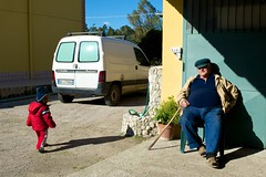 Ashu and uncle Vincenzo (italy1974) Tags: people zeiss zf2 distagont225 zeisscontest2012