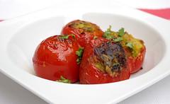 Tomates farcies végétariennes (Pankajune) Tags: cuisine tomates recette farcies indiennes végétariennes