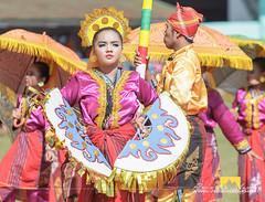 REDALONE1 (twelveinchesbehind) Tags: tnalak tboli streetdance festival southcotabato dreamweavers